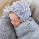 Örgü Kulaklı Yeni doğan Şapkası