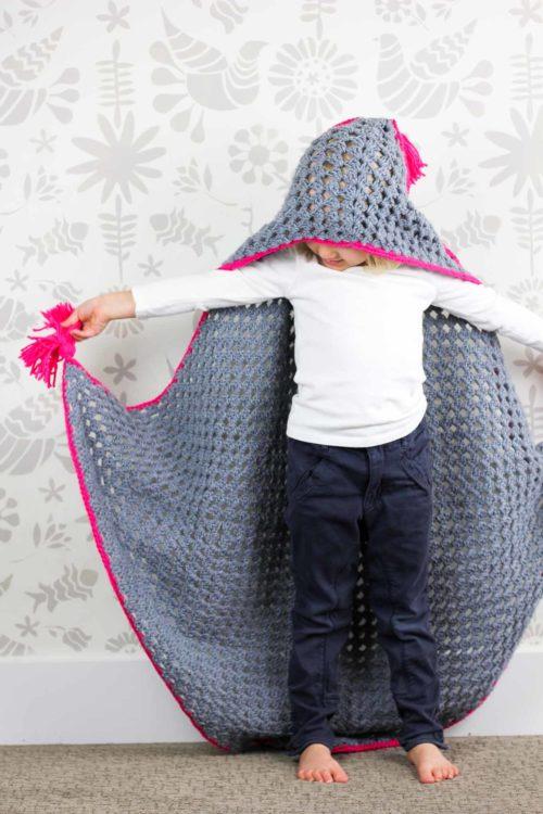 Hanım Dilendi Kapüşonlu Çocuk Battaniyesi Yapılışı
