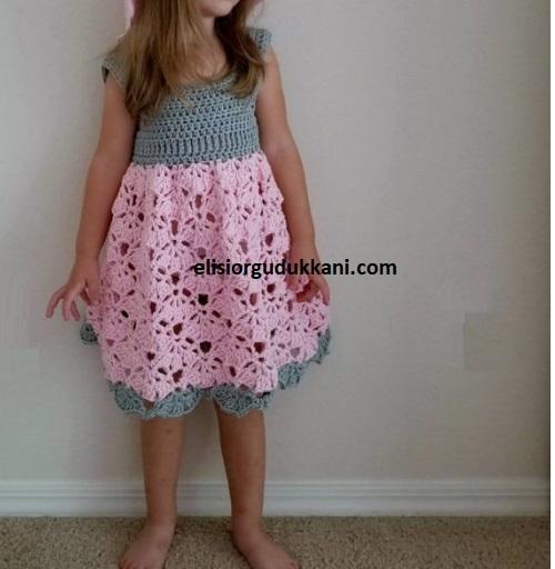 2-3 Yaş Tığ işi Çocuk Elbisesi Modeli