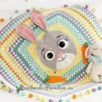 Tığ işi Kulaklı Hanım dilendi Motifli Tavşanlı Battaniye Yapılışı