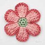 6 Yapraklı Muntazam Tığ İşi Çiçek Yapılışı Çiçek Oya